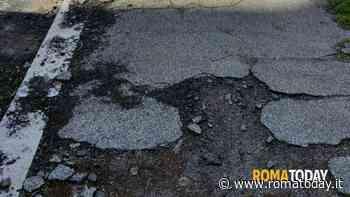 La segnalazione - marciapiede spappolato a via val di Lanzo