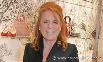Sarah Ferguson reveals stunning flower wall effect at home