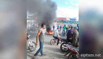 Avance | Protestas por gasolina se registran en el centro de Tinaquillo este #24sep - El Pitazo