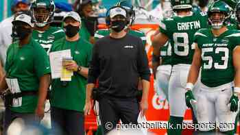 "Adam Gase ""wasn't happy"" about Gregg Williams' comments"