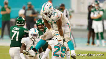 Dolphins Turn Up Heat on Jets and Embattled Gase, 24-0