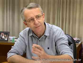 VÍDEO: assista entrevista com o candidato a prefeito de Blumenau Mário Hildebrandt (Podemos) - O Município Blumenau