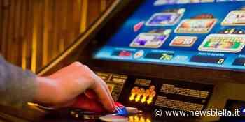"""Biella, la Polizia """"scova"""" slot machines irregolari. Sanzione e chiusura dell'esercizio commerciale - newsbiella.it"""