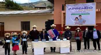 Cajamarca: presidente Martín Vizcarra entregó tablets a estudiantes de Chota - LaRepública.pe
