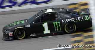 Kurt Busch sinks in early Round of 8 hole after Kansas engine woes