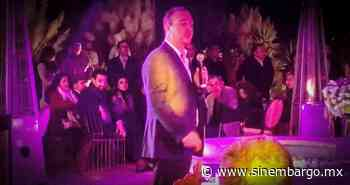 VIDEOS exhiben al Alcalde de San Miguel de Allende en estado de ebriedad durante actos oficiales - SinEmbargo