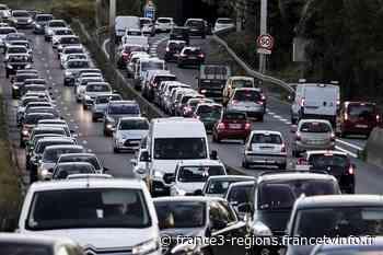 Accident sur l'A13 en direction de Paris au niveau de Vaucresson : deux voies fermées - Franceinfo