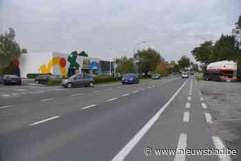 Astridlaan krijgt nieuwe asfaltlaag maar het blijft wachten op structurele heraanleg - Het Nieuwsblad