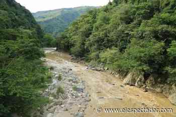 Crecida del río Acacías (Meta) dejó cuatro personas muertas y un niño desaparecido - El Espectador