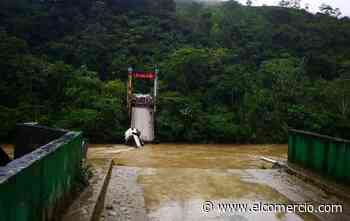 Un puente colapsó y deja incomunicadas a 19 comunidades de Yantzaza - El Comercio (Ecuador)