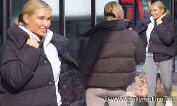 Dancing on Ice: Billie Faiers heads to the rink for training
