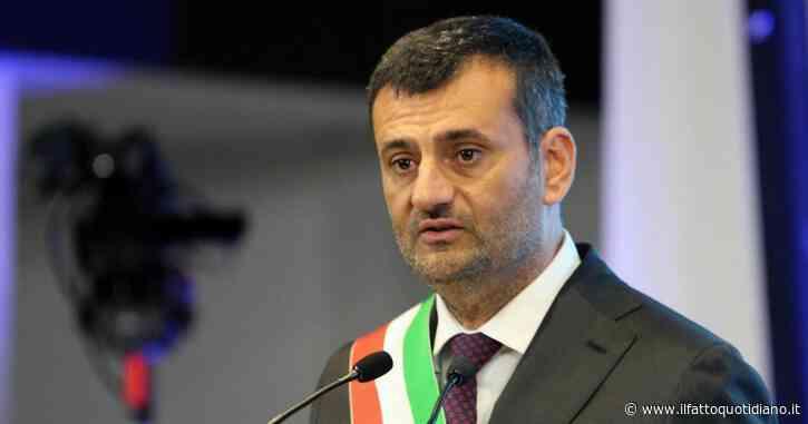 Bari, il sindaco Decaro chiude le prime 15 vie e piazze della movida dopo il chiarimento con il governo sul dpcm