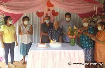 Abuela celebra 107 años en Itacurubí del Rosario - Nacionales - ABC Color