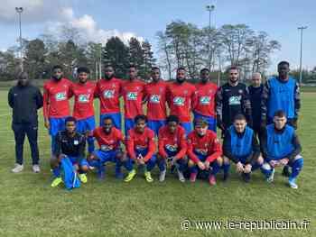 Football [Coupe de France] : Fleury, Sainte-Geneviève et Linas/Montlhéry qualifiés, Les Ulis éliminé - Le Républicain de l'Essonne