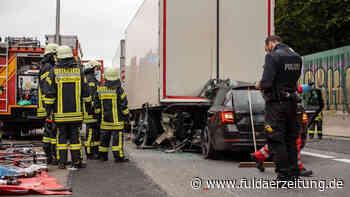 Bad Camberg: Aktivisten blockieren die A3 - Folge ist schwerer Unfall an Stauende - Fuldaer Zeitung