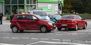 Unfall mit drei Fahrzeugen an defekter Ampel in Bautzen - Mitteldeutsche Zeitung