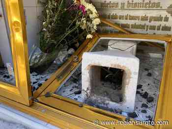 """Vandalizaron tumbas del """"Panteón Viejo"""" de Yuriria en vísperas de Día de Muertos. - Región Sur Gto"""