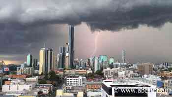 If there's a Brisbane storm on Saturday night, will the AFL grand final be delayed?
