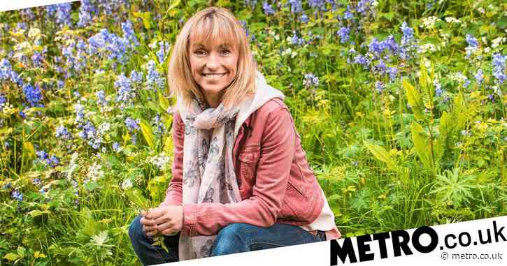 Michaela Strachan warns wildlife watchers against 'disturbing' animals after troubling drone video of grey seals