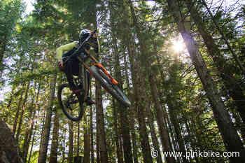 Video: Last Laps of 2020 in the Whistler Bike Park - Pinkbike.com
