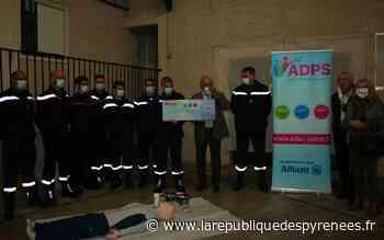Soumoulou: un don de 5 000 € pour les pompiers - La République des Pyrénées