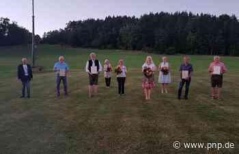 Verspäteter Abschied für ehemalige Gemeinderäte - Passauer Neue Presse