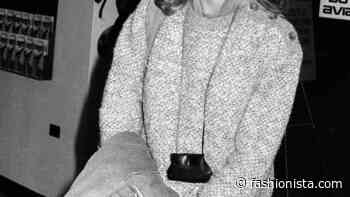 Great Outfits in Fashion History: Farrah Fawcett's Neck Bag - Fashionista