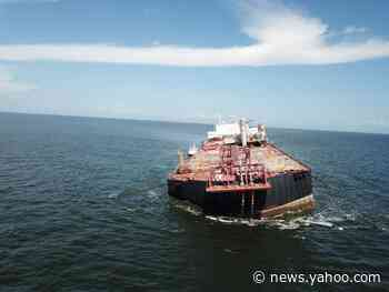 Fears of ecological disaster grow over stricken oil tanker in Caribbean