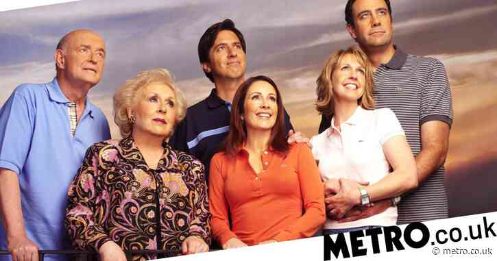 Everybody Loves Raymond cast reuniting in honour of Peter Boyle
