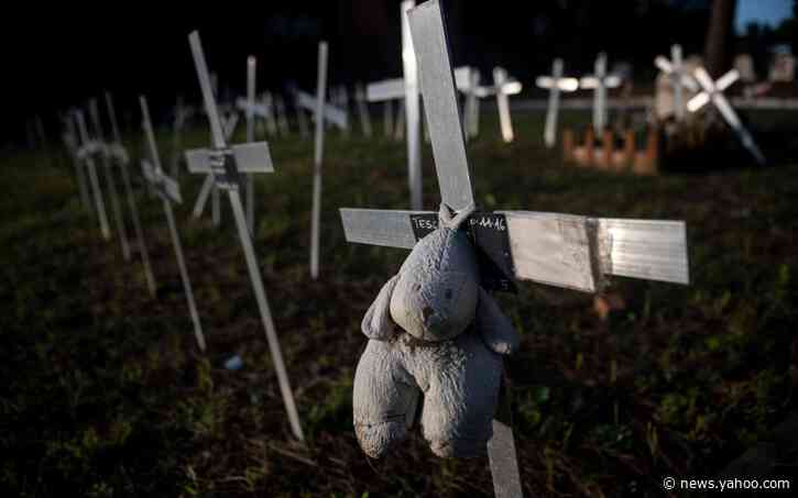 Italy investigates why women's names were written above graves of aborted fetuses in Rome cemetery