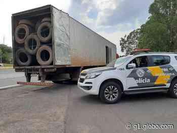 Polícia Rodoviária apreende carga com 600 pneus contrabandeados do Paraguai, em Pirapozinho - G1