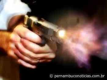 Abreu e Lima: Jovem assassinado a tiros dentro de casa no Caetés I - Pernambuco Notícias