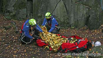 Absturz aus 15 Metern Höhe: Spektakuläre Rettungsübung im Winnfeld - Rhein-Zeitung