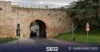 El Ayuntamiento cierra al tráfico el arco de San Martín - Cadena SER