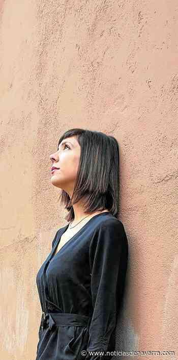 """Aixa de la Cruz: """"Mi libro nació en un contexto tan específico que su sentido es caducar"""" - Noticias de Navarra"""