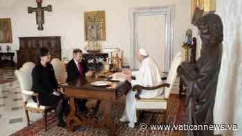 La audiencia del Papa con el presidente de la Cruz Roja Internacional - Vatican News