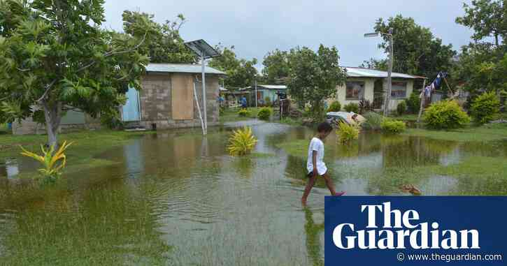 Australia should create 'Pacific visa' to reduce impact of climate change and disaster on islanders