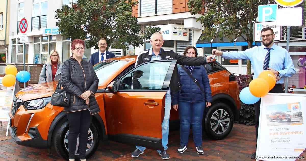 Autogewinn in Dillingen: Patrick Sprenger hat Glück beim Sparverein Saarland - Saarbrücker Zeitung