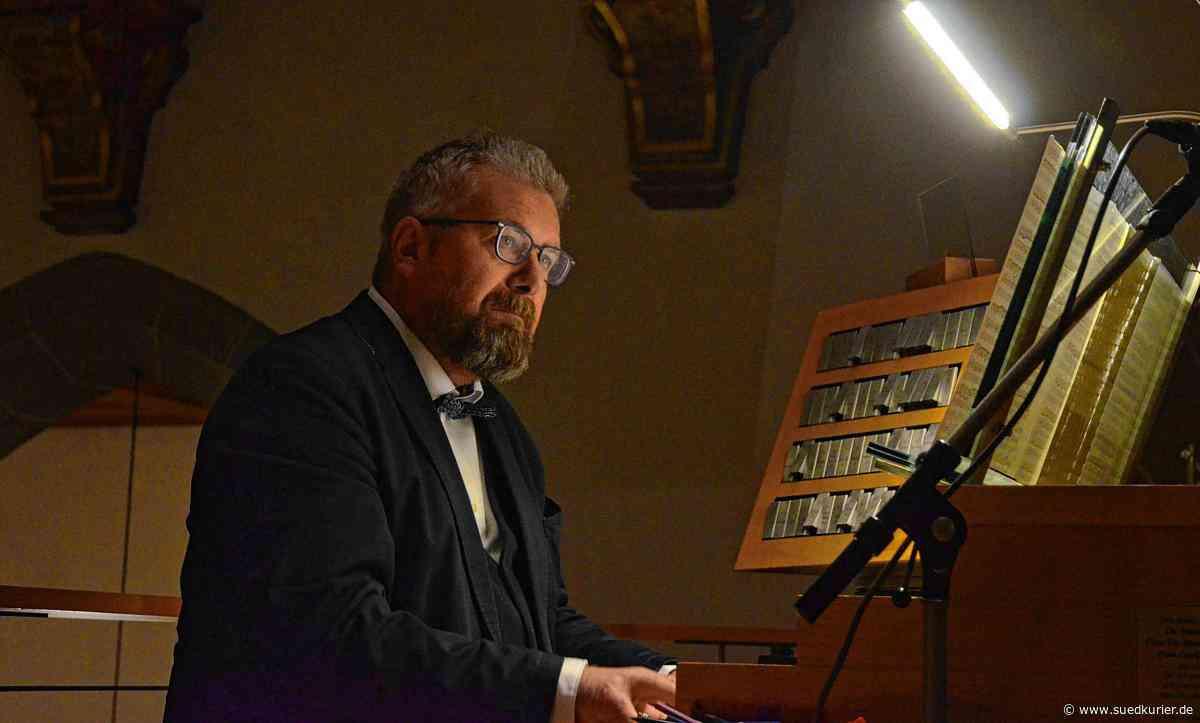 Markdorf: Fankurven-Stimmung in St. Nikolaus: Zuhörer pfeifen und klatschen nach dem Konzert von Orgelprofessor Stefan Palm - SÜDKURIER Online