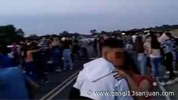 Fiesta clandestina en medio de la ruta - Canal 13 San Juan TV