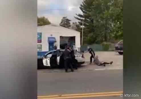 Ohio police suspend officer caught on video dragging teen