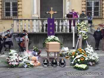 Biella canta Hallelujah per dire addio a Veronica Franco - La Provincia di Biella