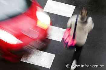 Aschaffenburg: Autofahrer übersieht Fußgängerin - Frau schlägt auf Windschutzscheibe auf - inFranken.de