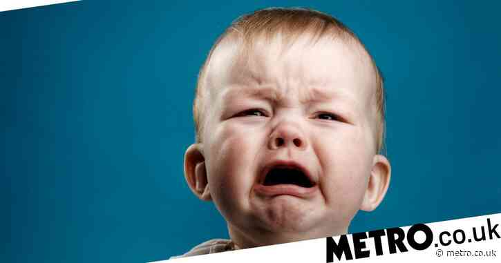 Hypnotherapist reveals how to stop your baby crying using just your voice