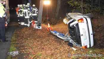 Gifhorn: VW Golf kracht gegen Baum – Retter müssen Dach abtrennen - News38
