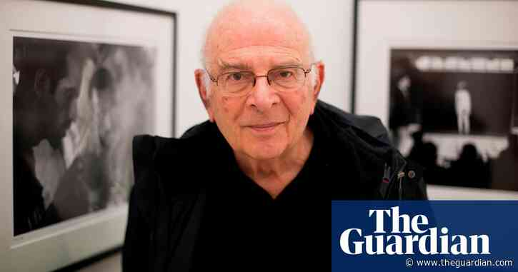 Frank Horvat, groundbreaking French photographer, dies aged 92