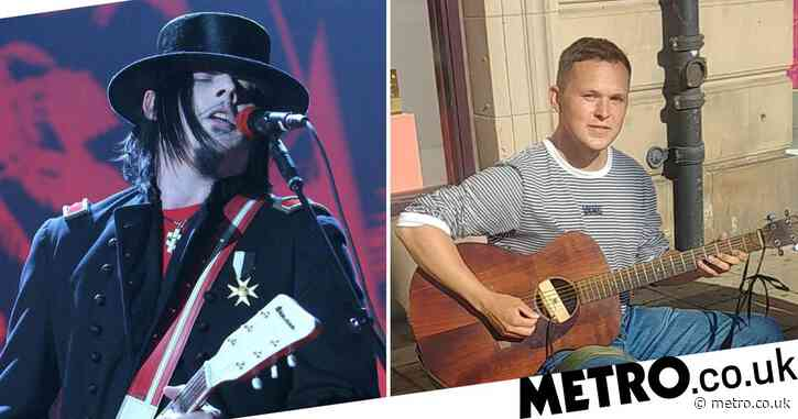 The White Stripes legend Jack White buys busker a guitar after his was destroyed by drunk passer-by