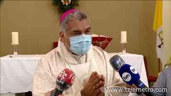 Monseñor se refiere a declaraciones del Papa sobre protección civil entre parejas del mismo sexo - Telemetro
