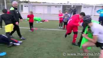Martigues - Loisirs - Martigues: des jeunes rugbymen pratiquent leur sport favori à la Coudoulière - Maritima.info