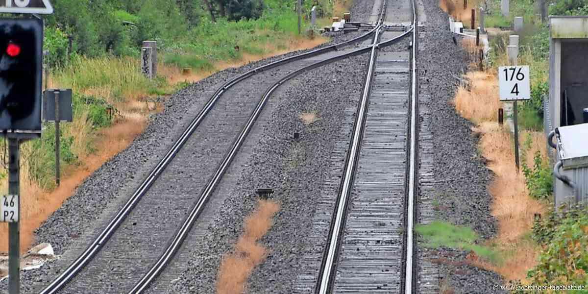 Walsrode: Vermisster Mann sitzt auf Gleis - Zugführer kann gerade noch bremsen - Göttinger Tageblatt